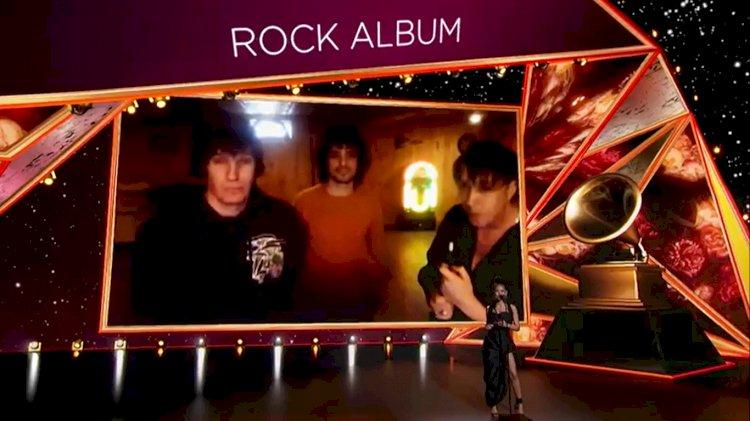 Strokes levam Grammy de Melhor Álbum de Rock por 'The New Abnormal'