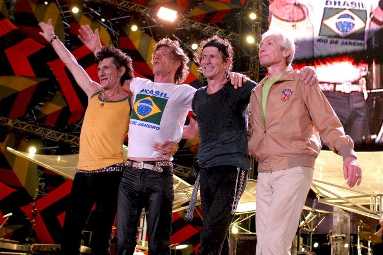 Rolling Stones anunciam o lançamento do show na Praia de Copacabana na íntegra
