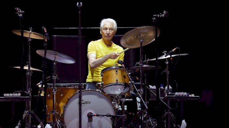 Baterista dos Rolling Stones Charlie Watts morre aos 80 anos