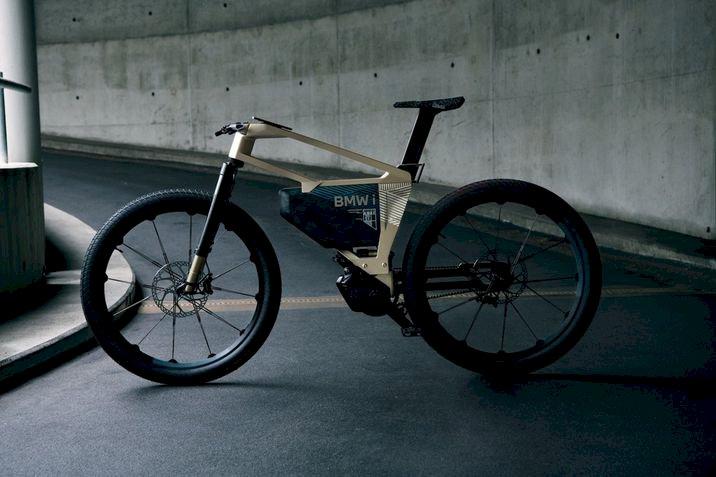 BMW lança bicicleta elétrica que chega a 60 km/h e pode ser controlada via app