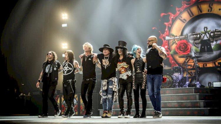 Fã do Guns N' Roses afirma ter informações sobre nova música Hard School